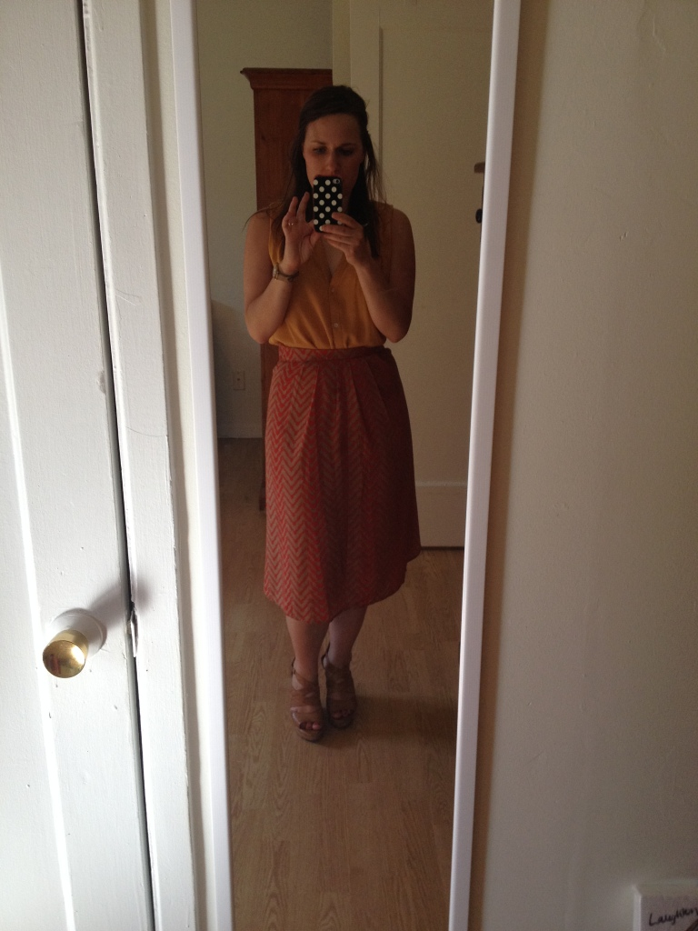 The skirt again, but pinned back and with a wedge heel
